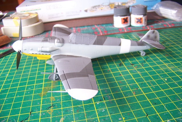 Bf 109 G-6 Erla Eduard Weekend 1/48 Reggia Aeronatica (Fini) - Page 2 891910