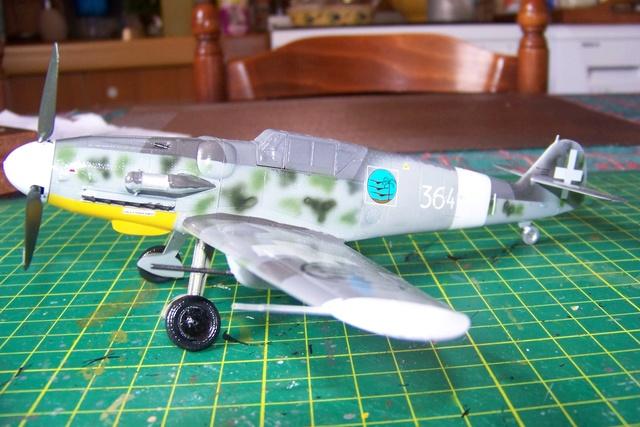 Bf 109 G-6 Erla Eduard Weekend 1/48 Reggia Aeronatica (Fini) - Page 2 910010