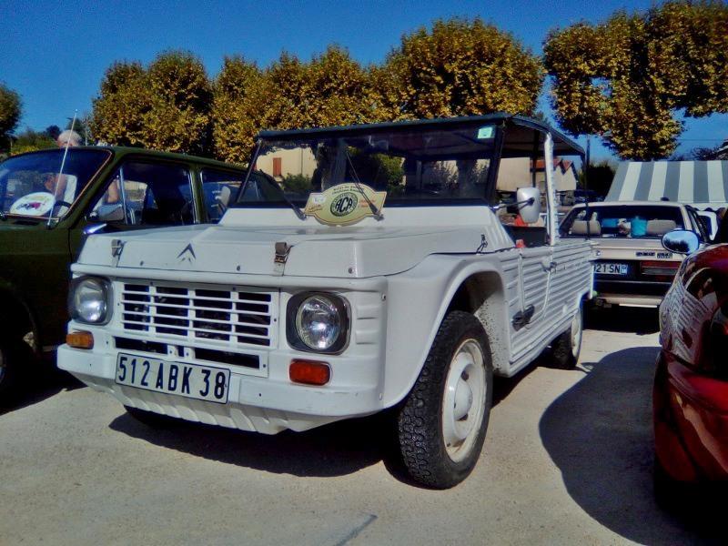 Rassemblement véhicules anciens de ROUSSILLON (Isère), Dimanche 24 Septembre 2017 34_img10