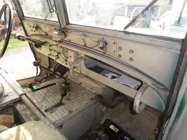 Jeep de fabrication Française S-l16011