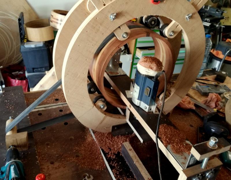 Réalisation de futs de batterie en bois tourné - Page 9 Img_2011