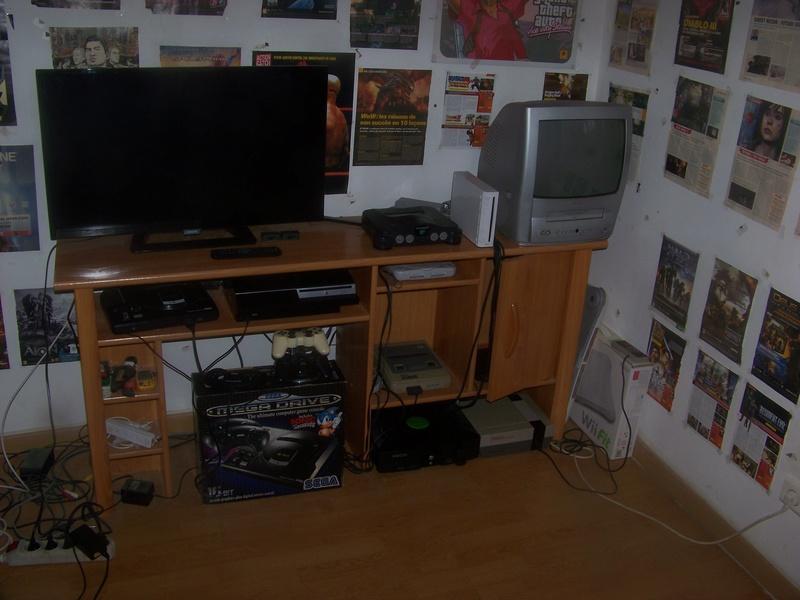 ma Game Room !  100_2011