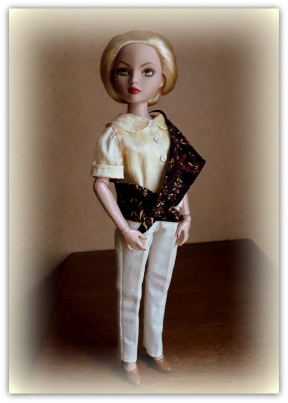 Mes poupées Ellowyne Wilde. De nouvelles photos postées régulièrement. - Page 22 20170835