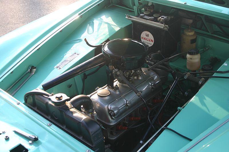 Borgward Isabella 1961 - auf dem Parkplatz schnappgeschossen 811