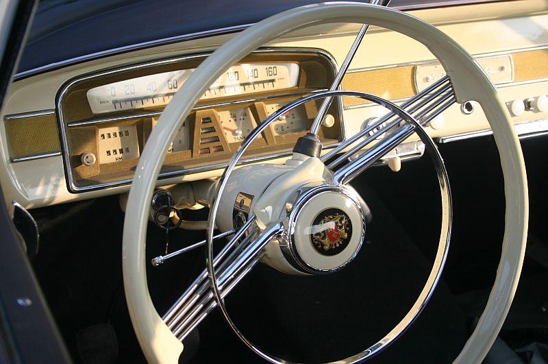 Borgward Isabella 1961 - auf dem Parkplatz schnappgeschossen 910