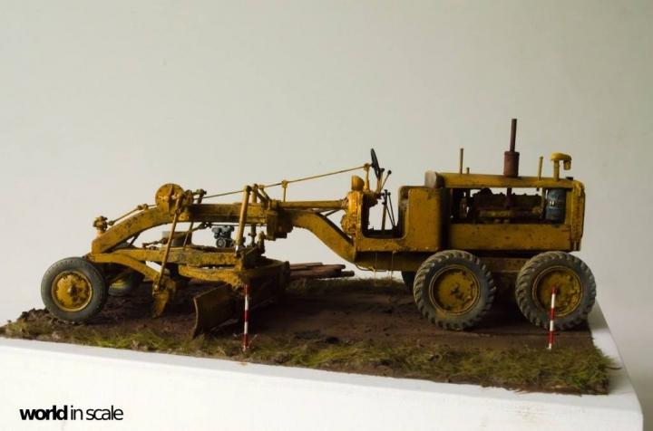 """Caterpillar 12 """"Motor Grader"""" - 1/35 by Plus Model Lbegiv11"""