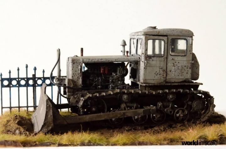 "DT-74 ""Soviet Dozer"" - 1/35 by Baluard Modell N2l9by10"