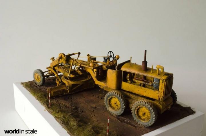 """Caterpillar 12 """"Motor Grader"""" - 1/35 by Plus Model Ql4upq11"""