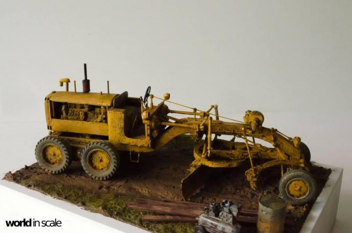 "Caterpillar 12 ""Motor Grader"" - 1/35 by Plus Model Uawq8210"