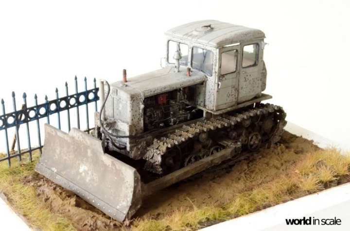 """DT-74 """"Soviet Dozer"""" - 1/35 by Baluard Modell Wtr9px10"""