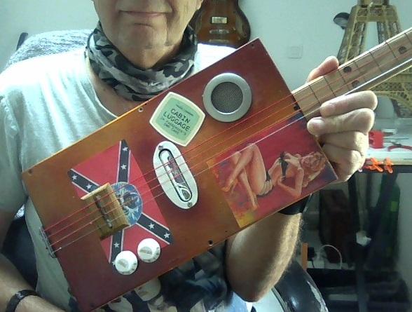 vends cigar box 0110