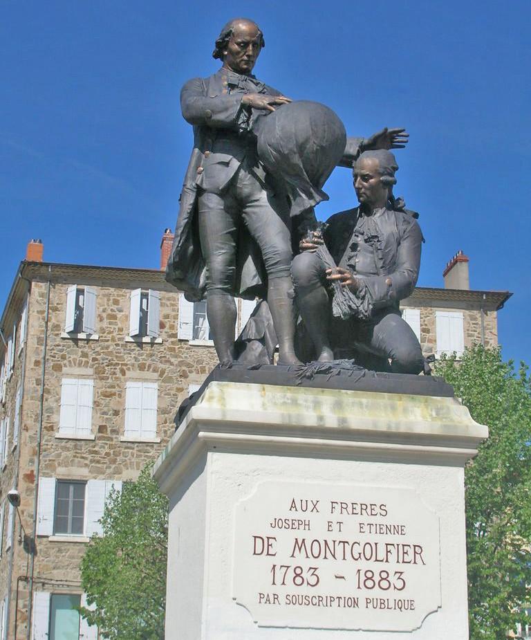 Monument aux frères Montgolfier - Annonay - Ardèche - France 10425910