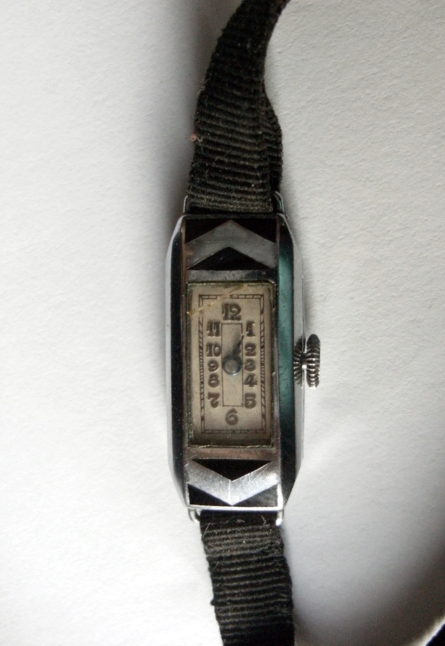 mini montre Art Deco mouvement ETA 600 Minimo11