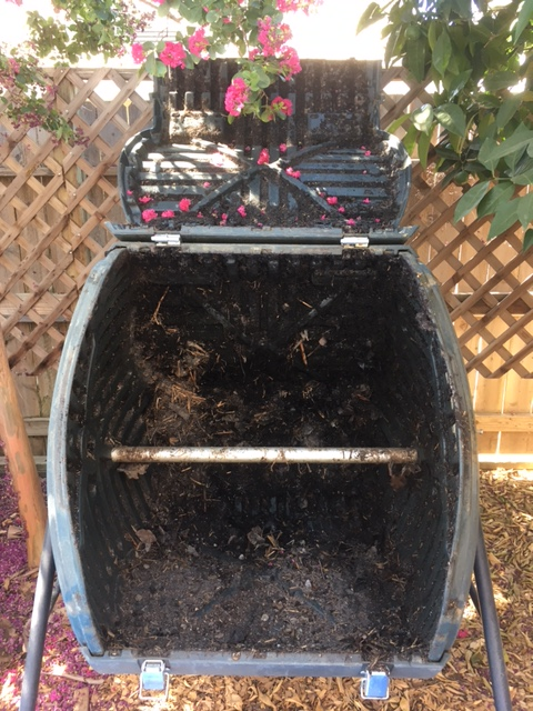 Tips for compost tumbler - Page 2 Tumber10