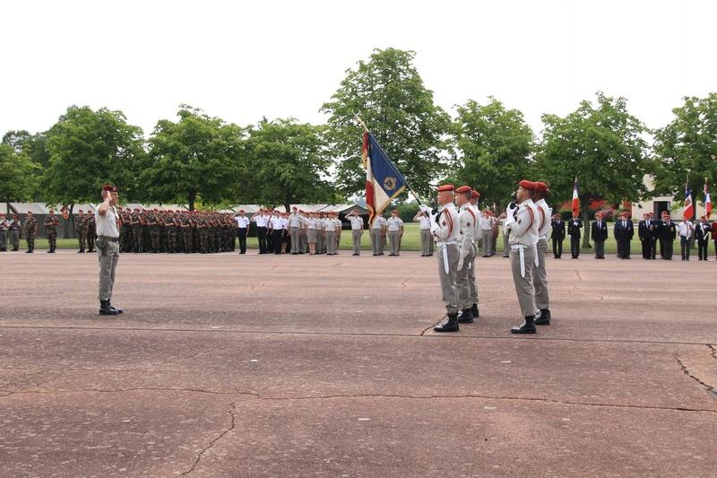 Passation de commandement au 1er para Pass_c10
