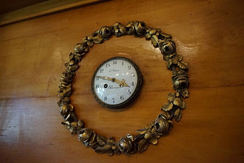 Chercher midi à quatorze heure, une curiosité horlogère Rtdsc028