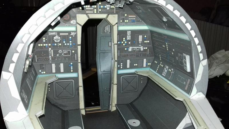 Millennium Falcon von Uhu 02 00213
