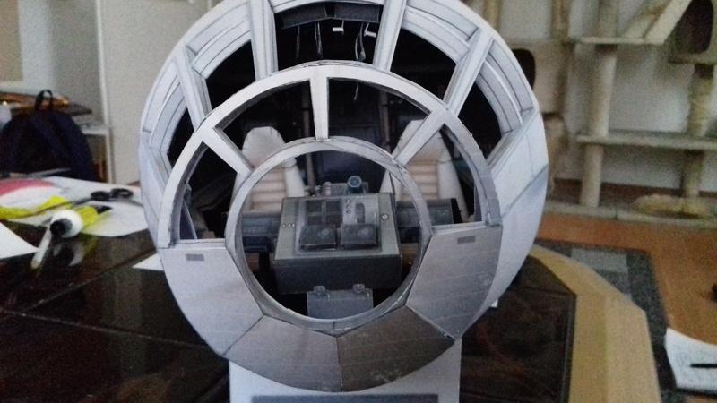 Millennium Falcon von Uhu 02 00612