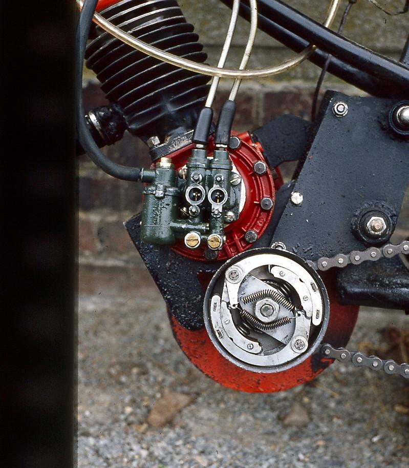 La moto de Bozo la clown Rib9110