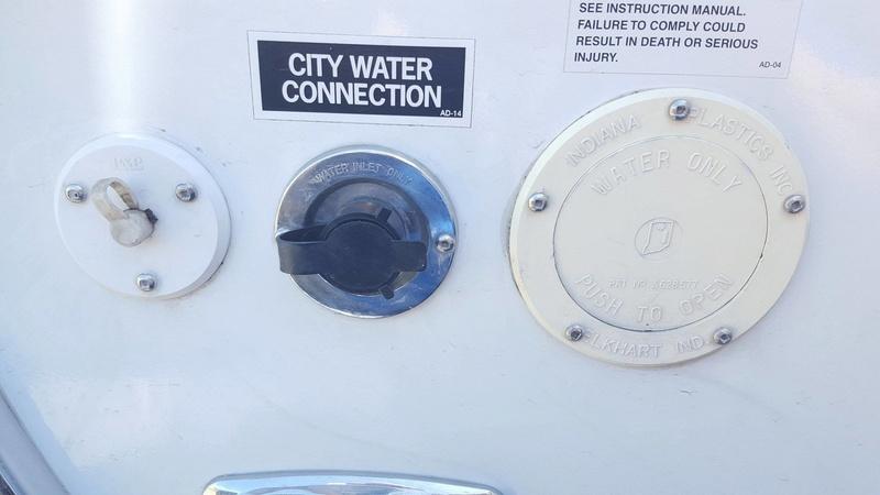 Infiltration d'eau Soyez vigilant !!! Faite vos inspections rigoureusement 19449310