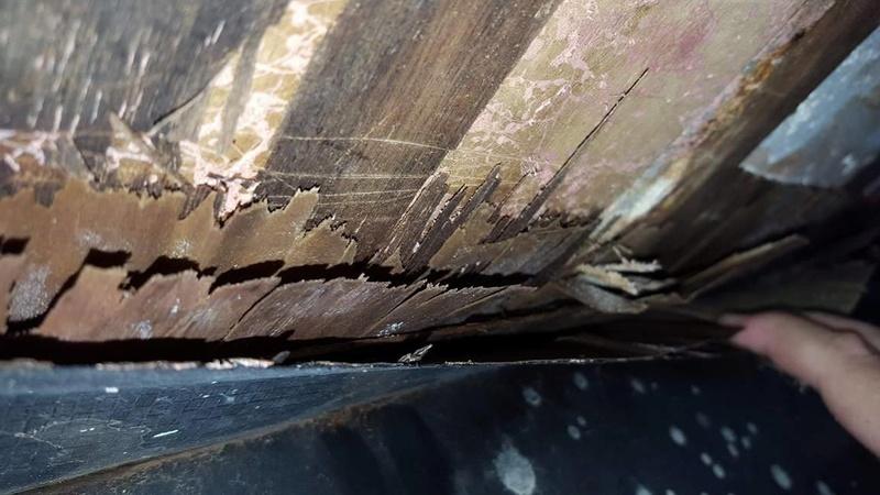 Infiltration d'eau et bris de la structure 21868210