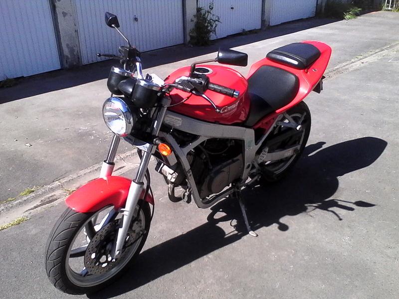 """A VENDRE HYOSUNG COMET GT 125cc """" VENDUE """" Img_2111"""