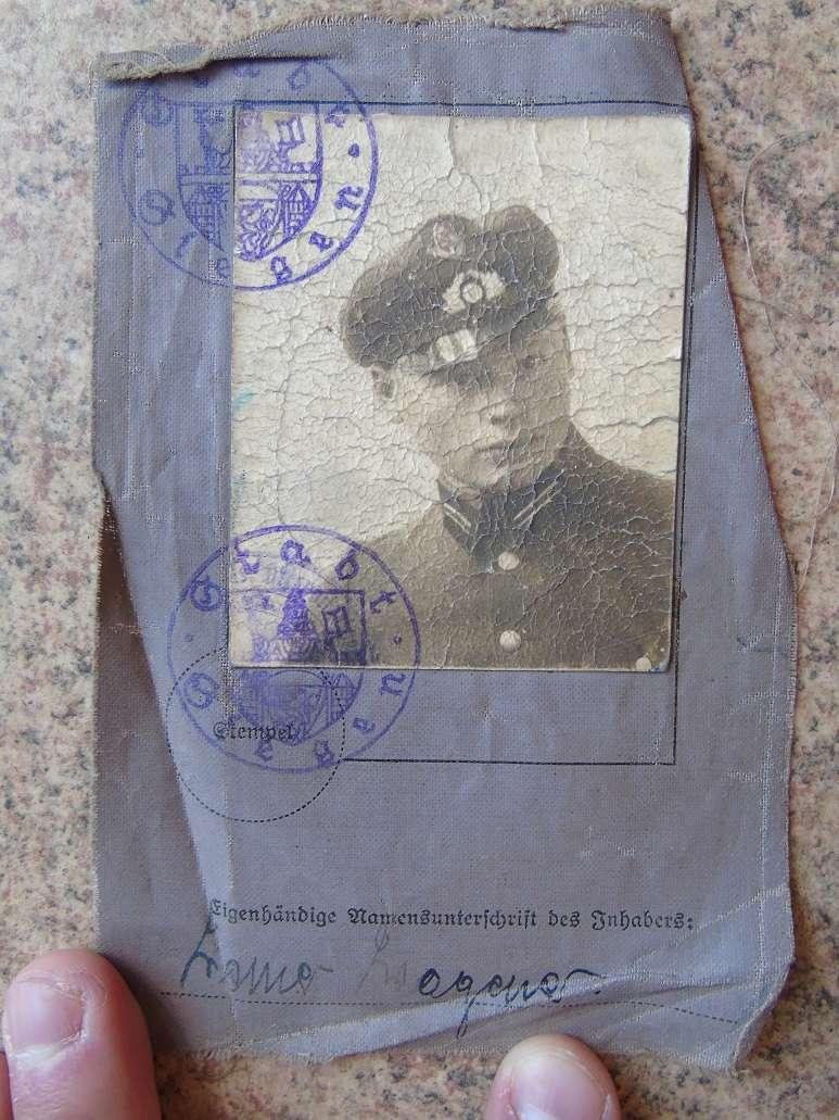 Un sodlbuch panzer ? afrika Korps   à traduire svp Dsc04631