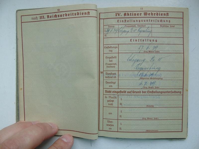 Un Wehrpass à traduire merci Dsc05011