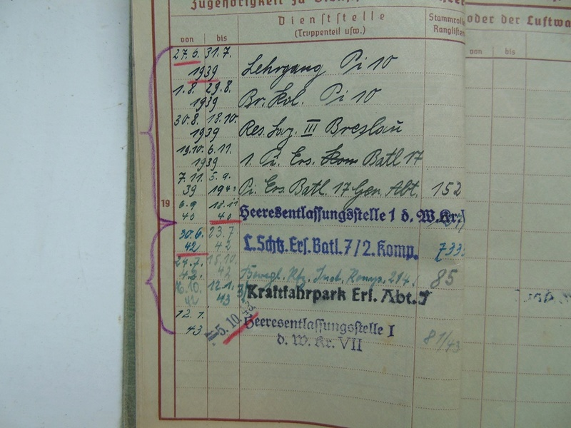 Un Wehrpass à traduire merci Dsc05012