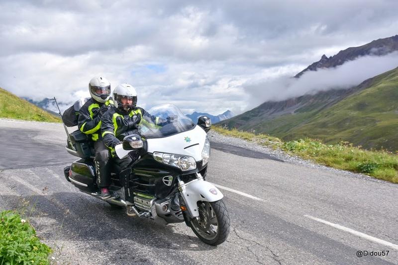 CR route des grandes Alpes M-29-010