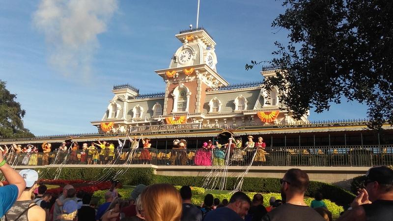 Un voyage de rêve à Walt Disney World ou comment vivre un mariage unique au pays de Mickey (octobre 2016) - Page 10 27_oct11