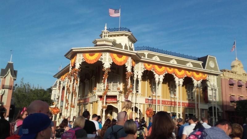 Un voyage de rêve à Walt Disney World ou comment vivre un mariage unique au pays de Mickey (octobre 2016) - Page 10 27_oct16