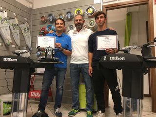 Corsi di formazione per INCORDATORI racchette da tennis ERSA INTERNATIONAL Img_0010