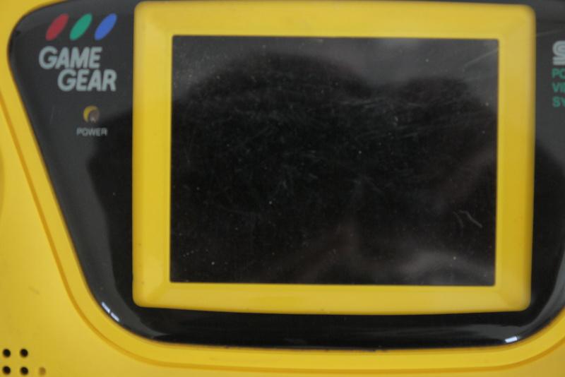 [ESTIM] Game Gear jaune P1060913