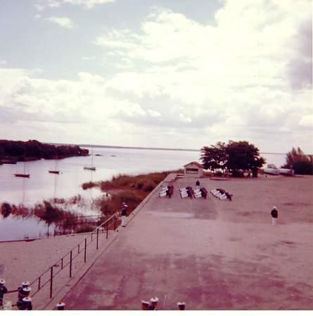 Sint-Kruis dans les années 70... - Page 13 La_roy40
