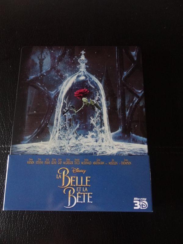 Les DVD et Blu Ray que vous venez d'acheter, que vous avez entre les mains - Page 6 Dsc09412