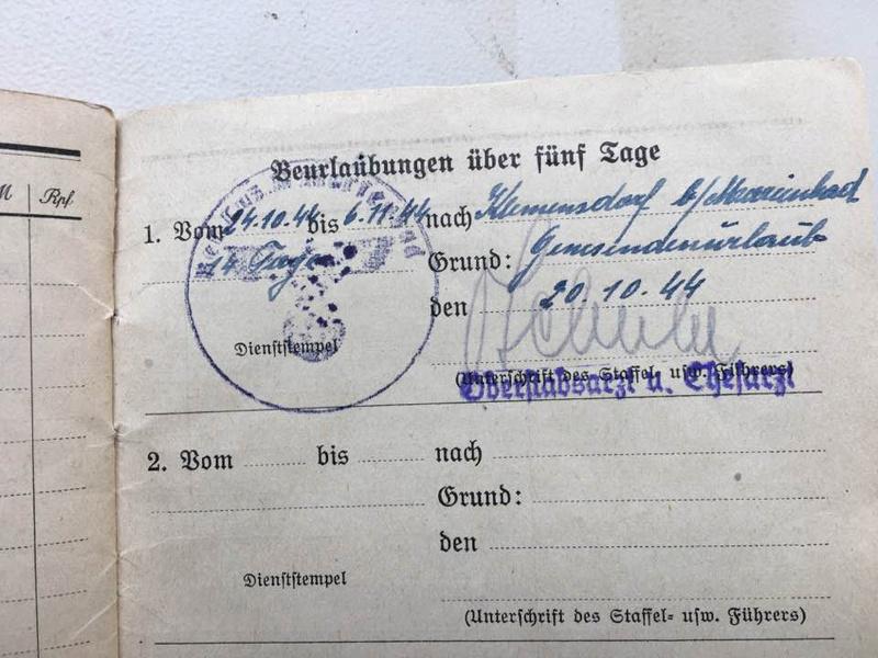 Soldbuch Luftwaffe 1944-1945 à déchiffrer svp 1110