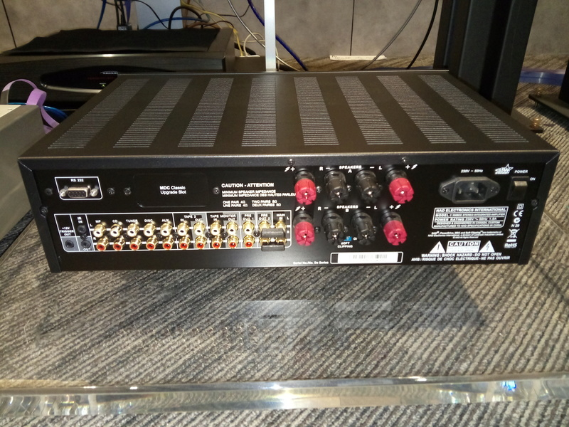 Nad amplifier Img_2010
