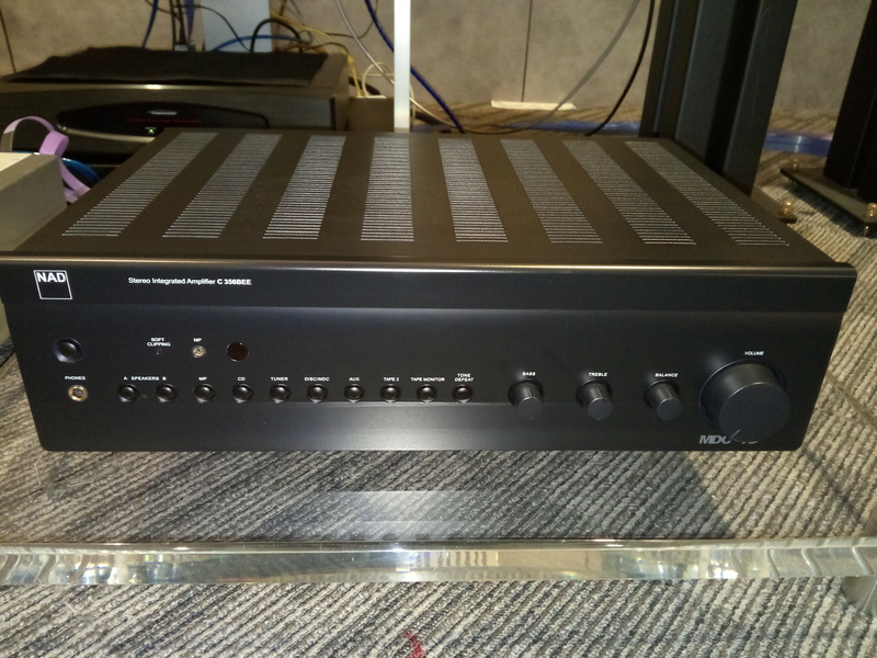 Nad amplifier Img_2011