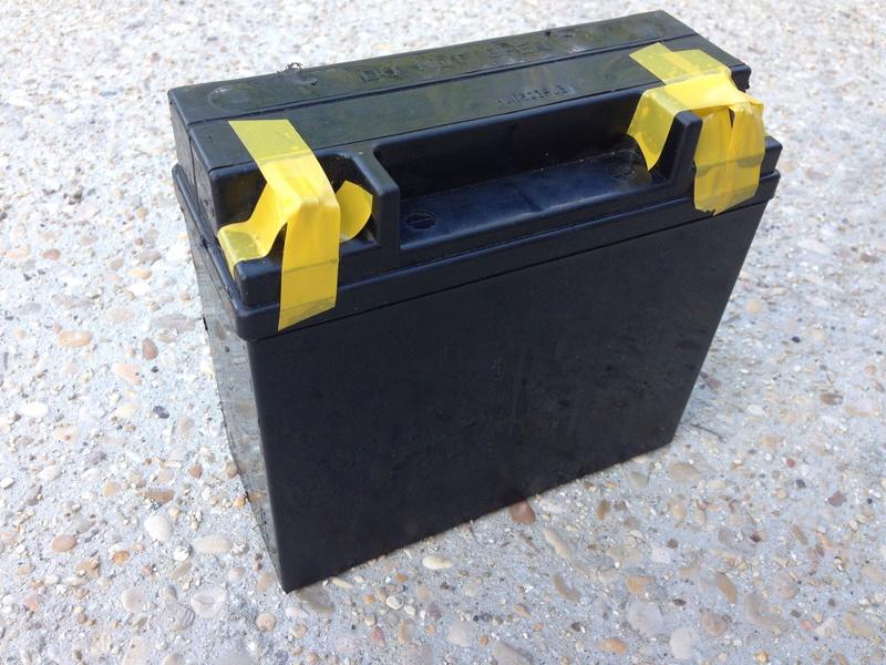 R65 - Batterie Img_6213