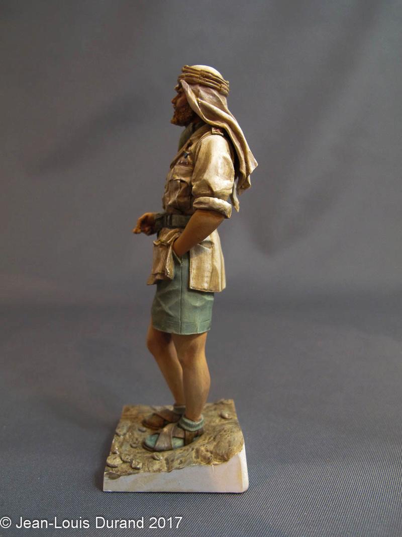 TERMINE - Officier SAS, Le Caire 1942 - YOUNG MINIATURES - 90mm - Acryliques Sas_1915