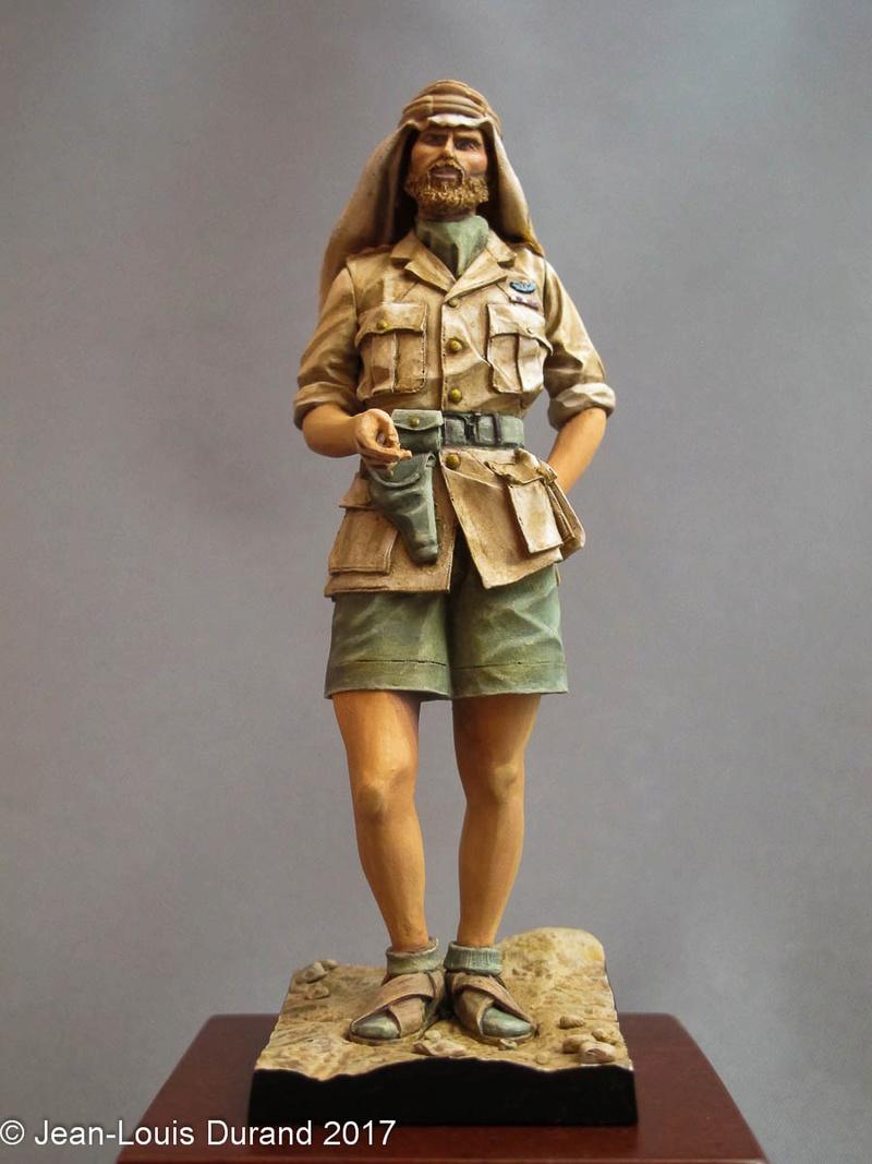 TERMINE - Officier SAS, Le Caire 1942 - YOUNG MINIATURES - 90mm - Acryliques Sas_1933