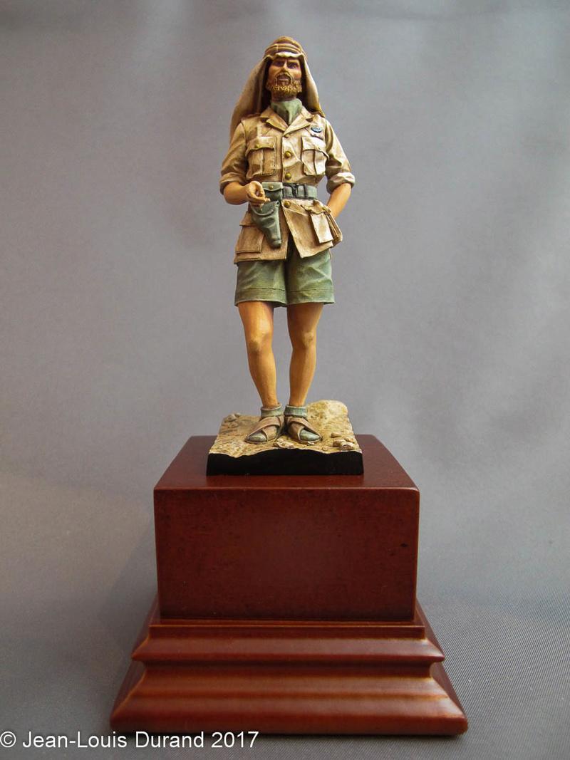 TERMINE - Officier SAS, Le Caire 1942 - YOUNG MINIATURES - 90mm - Acryliques Sas_1934