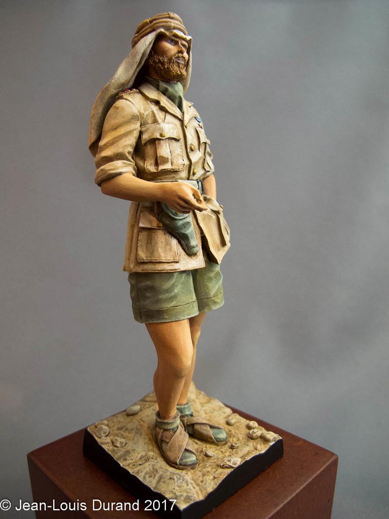 TERMINE - Officier SAS, Le Caire 1942 - YOUNG MINIATURES - 90mm - Acryliques Sas_1937