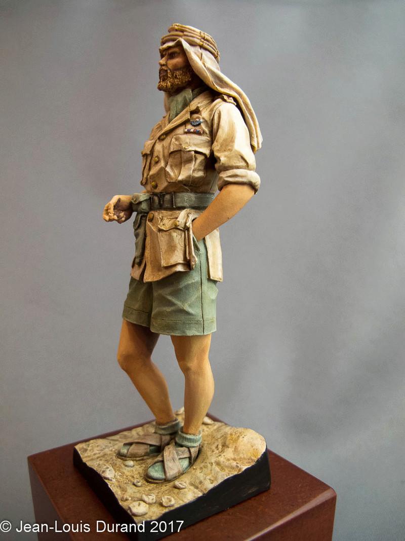 TERMINE - Officier SAS, Le Caire 1942 - YOUNG MINIATURES - 90mm - Acryliques Sas_1940