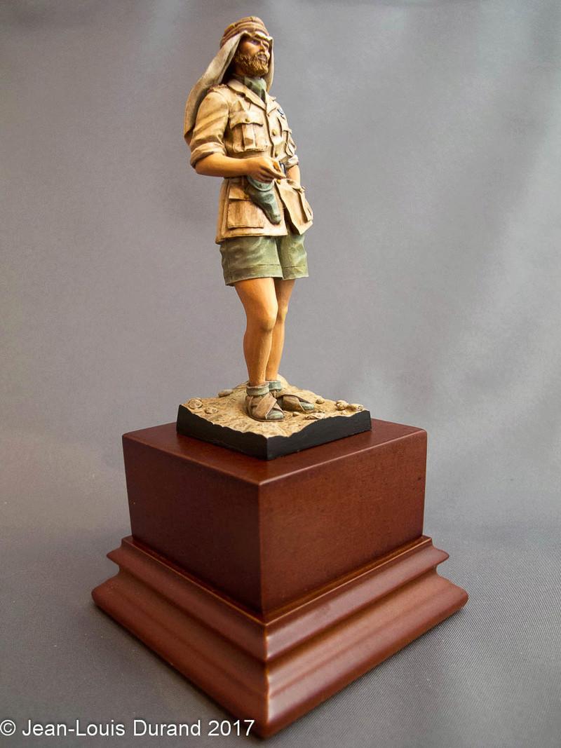 TERMINE - Officier SAS, Le Caire 1942 - YOUNG MINIATURES - 90mm - Acryliques Sas_1942