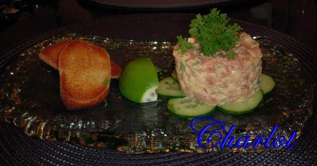Tartare de thon, à la pomme verte et mayonnaise épicée Thon_110