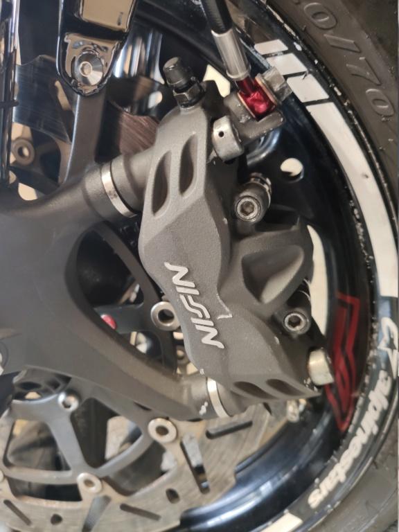 Problème freinage CBR600RR2008 Img_2017