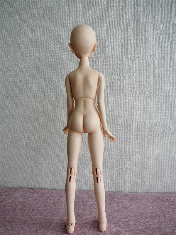 Alyona, poupée d'artiste (Somnia Dolls) 07_aly10