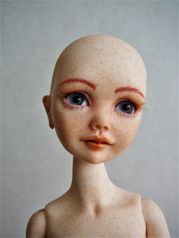 Alyona, poupée d'artiste (Somnia Dolls) 11_aly10